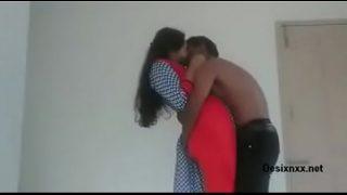पड़ोसन की चुदाई का सेक्स पॉर्न वीडियो