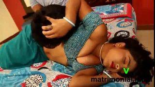 सुंदर भाभी देवर के सेक्स की इंडियन मसाला अडल्ट फिल्म