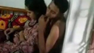 जीजा साली के घर पर चुदाई की ब्लू फिल्म