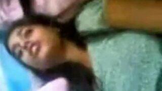 कमसिन कॉलेज गर्ल का दोस्त से हार्डकोर चुदाई म्मस